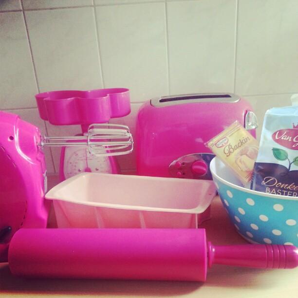 roze keukenspullen