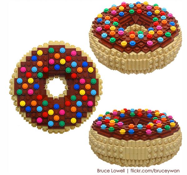 lego-sculpture donut