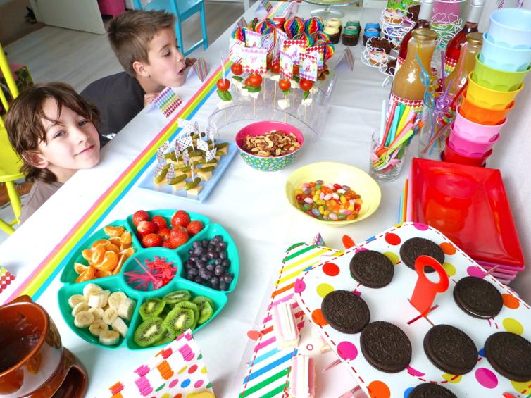 kinderen op rainbow party