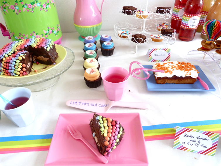rainbow party taart en servies