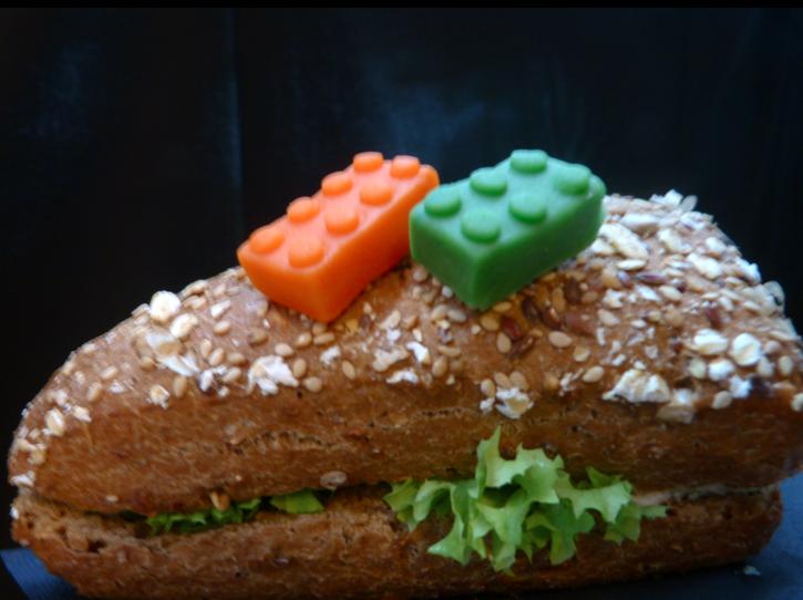 lego expo broodje