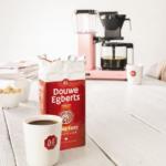 Gekleurde koffiezetapparaten van Douwe Egberts + Winactie