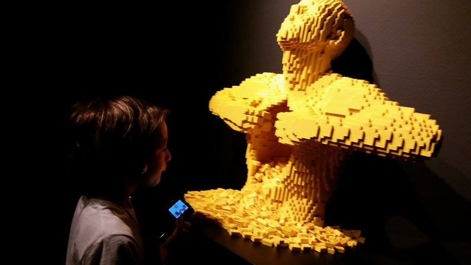 lego yellow man