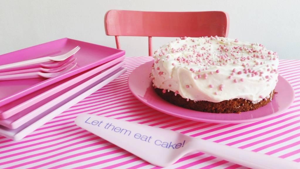 babyshower carrotcake pink