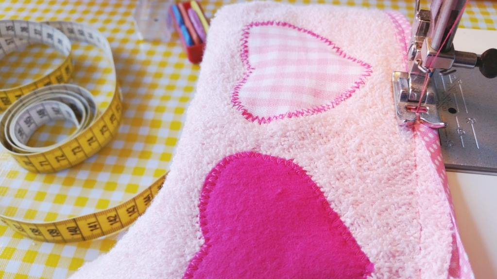 diy baby badcape biaisband voorkant