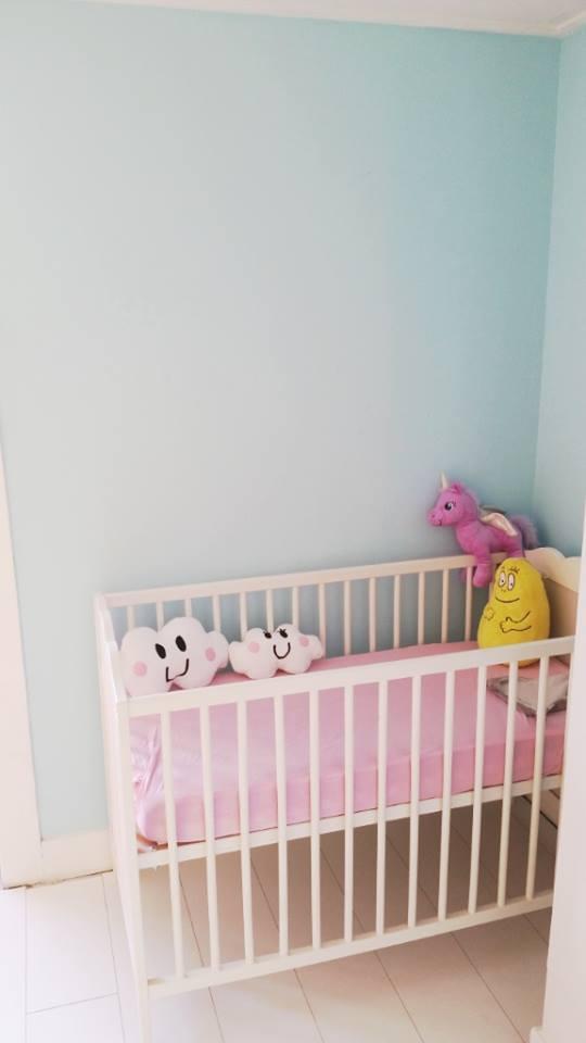 babykamer update ledikantje zijkant