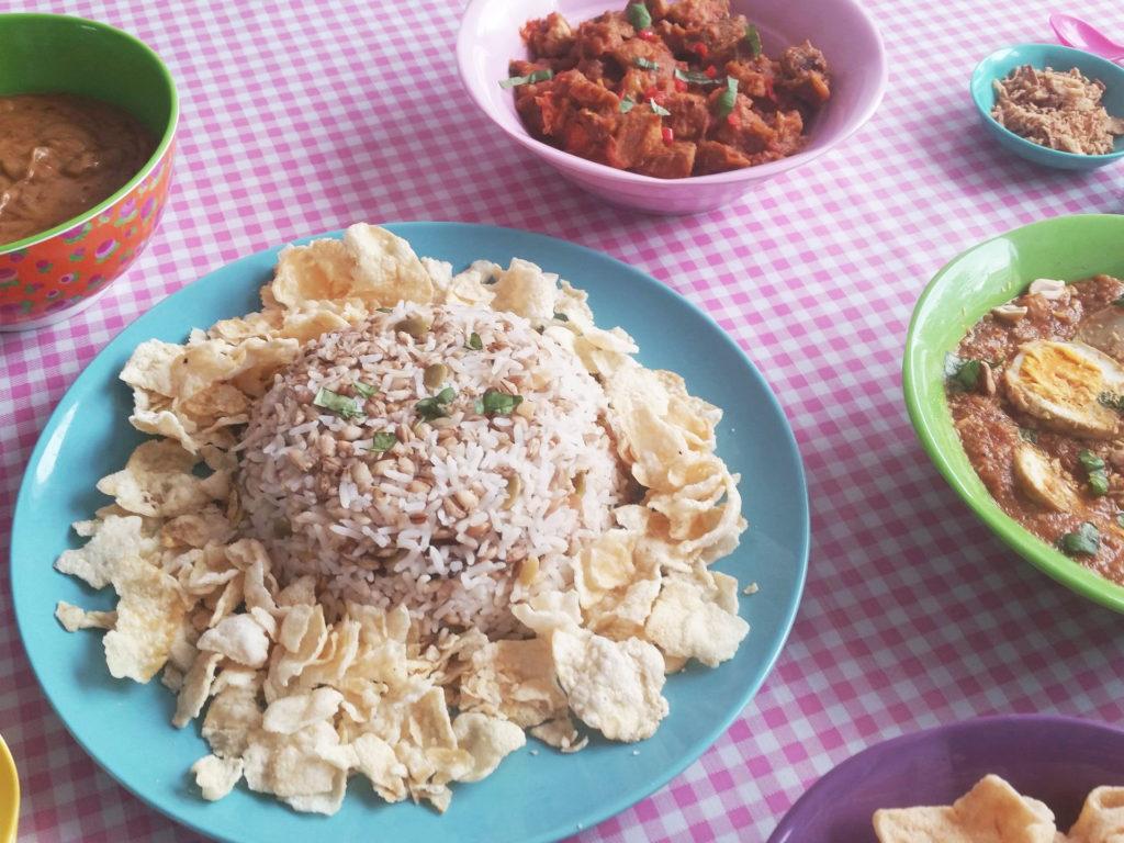 indische rijsttafel close up