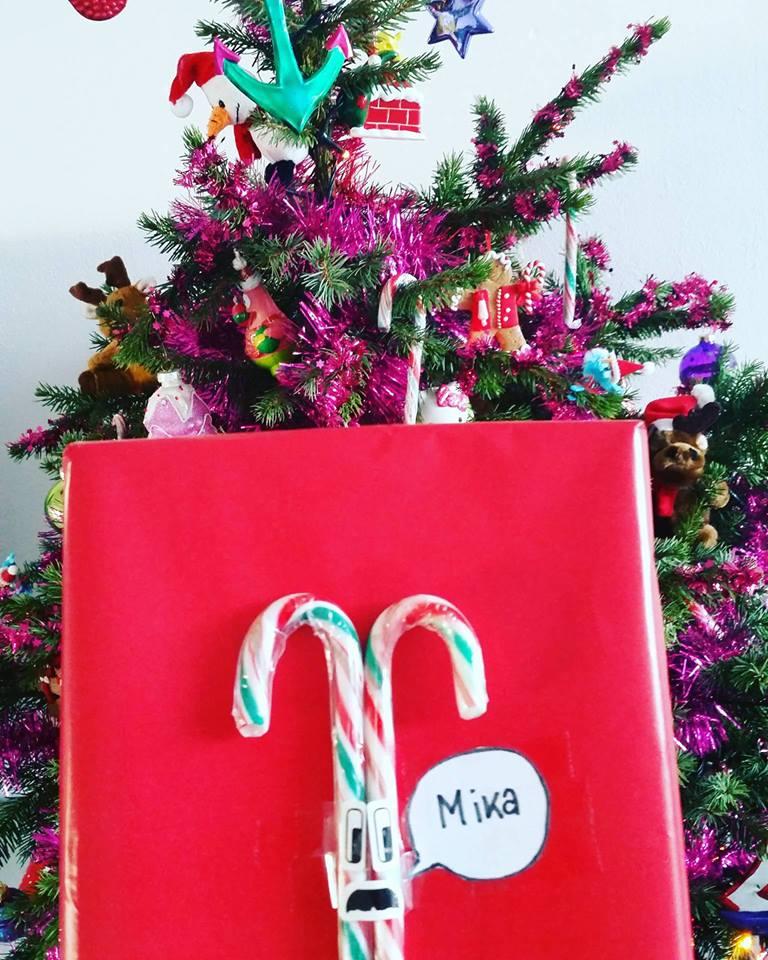 xmas present reindeer