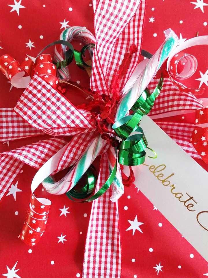 xmas-presents-bow