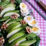 Spinaziesalade met Avocado, Appel, Ei & Walnoten
