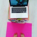 Druktemaker probeert Yoga #1