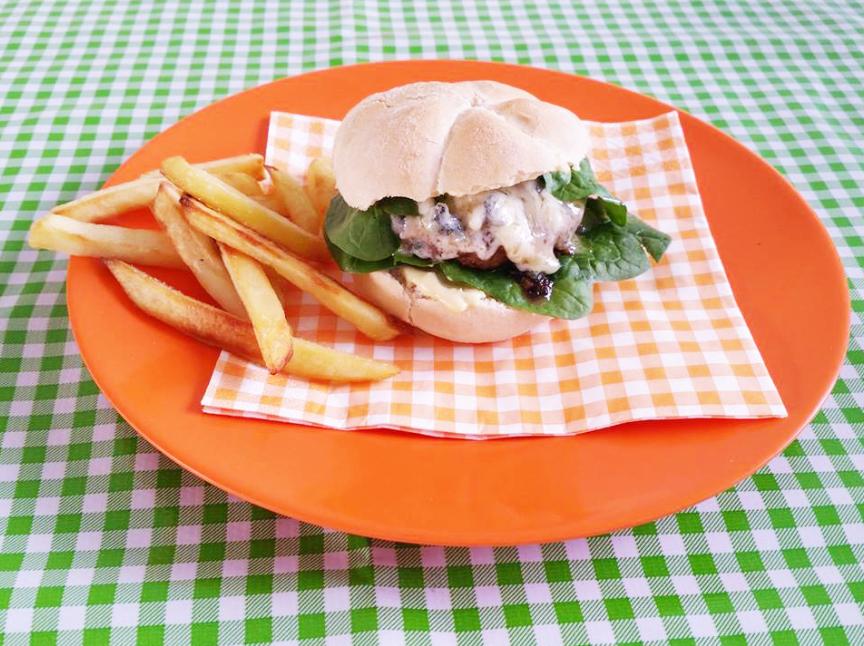 burger blauwe kaas en spinazie