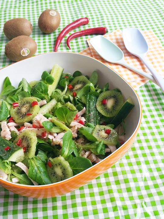 salade komkommer kiwi kip