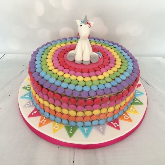 smarties rainbow cake unicorn