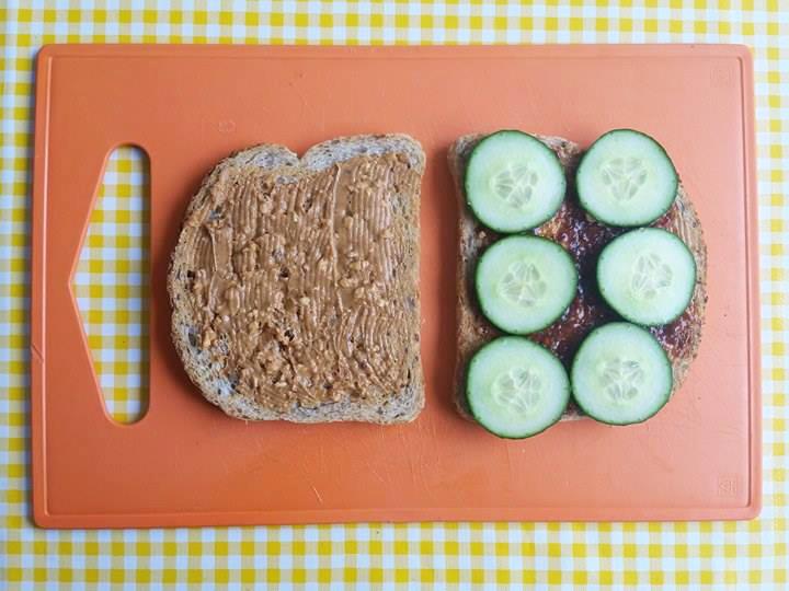 indische-sandwich-pindakaas-badjak