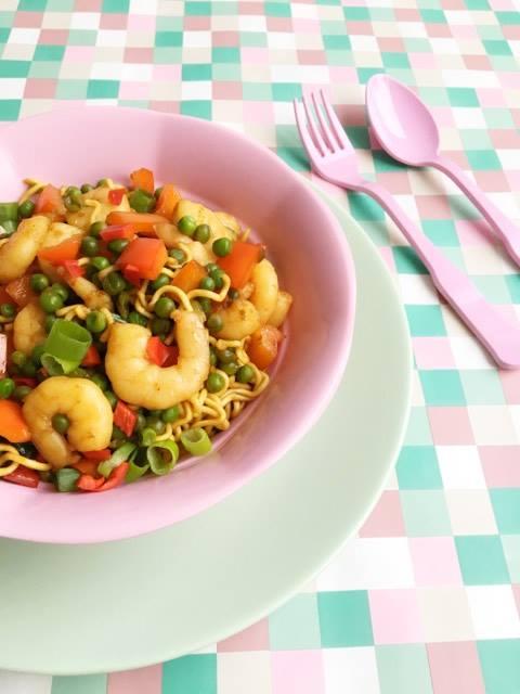 5-min-gerecht-noodles-garnalen
