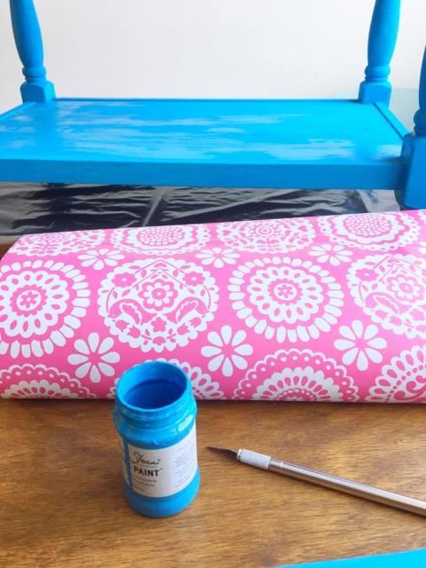 tafeltje schilderen en plakken met folie