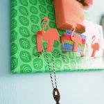 DIY: Handig flamingorekje voor sleutels en zo