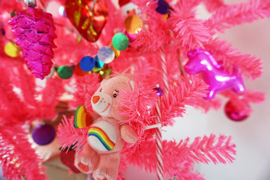 roze kerstboom care bear