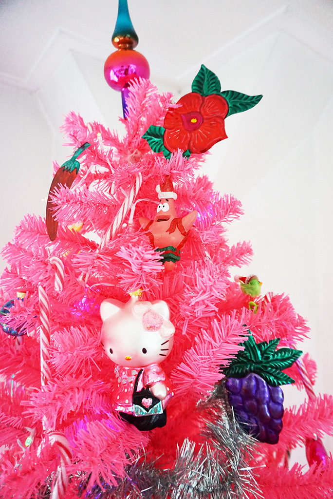roze kerstboom Hello Kitty