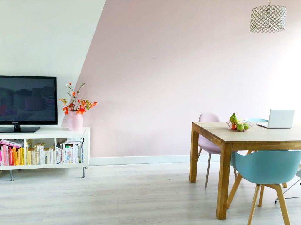 Make Over In Woonkamer Diagonaal Kleurvlak Op De Muur